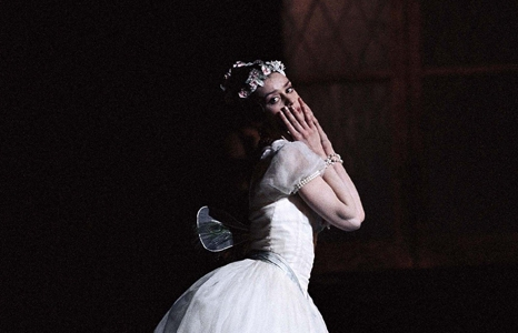 Featured_exhib_film_ballet_lasylphide_solo
