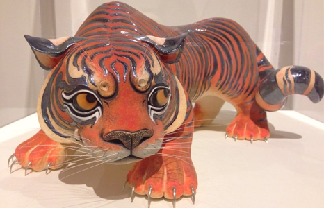 Featured_exhib_tour_lions_tigers