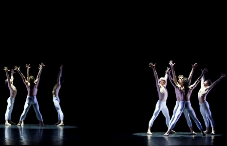 Featured_exhib_film_ballet_mahler3rdballet_3