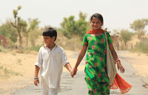 Featurebox_bollywood_dhanak