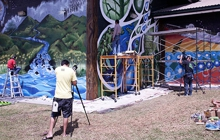 Past_exhib_film_melemurals